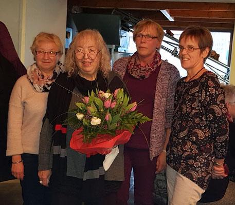 Frau Keil mit den Vorsitzenden aus Krempel, Wanna und Ihlienworth