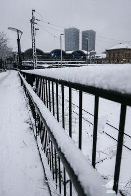 Schnee am Mainzer Hauptbahnhof