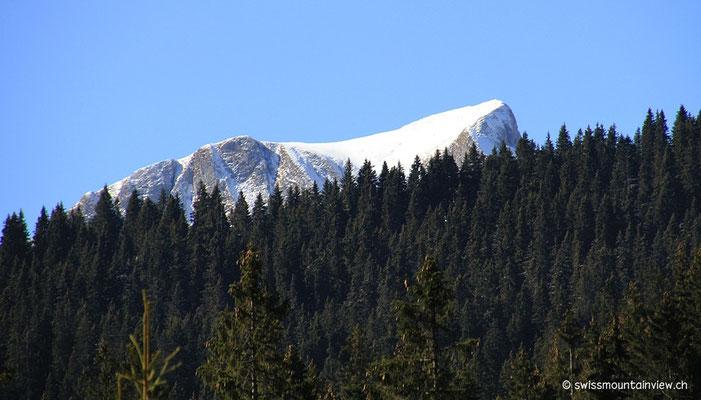 Dann taucht er auf, der Gantrisch (2175 m)