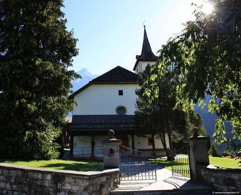 Ein Spaziergang durch Grindelwald führt mich ausgangs Dorf zur