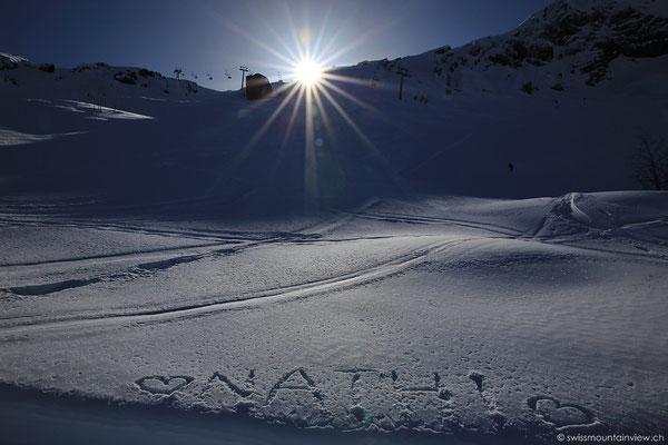 Doch auch auf diesem Winterwanderweg gibt es Stellen, wo man bereits in den Schatten kommt.
