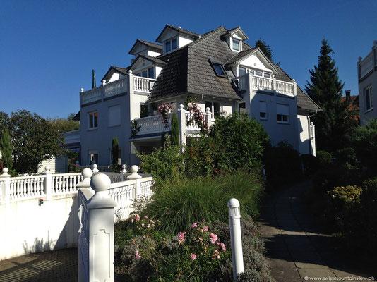 FeWo Schlosssee, Sonnleite Salem - grosszügige Maisonette Dachwohnung S/W, 2 Balkone