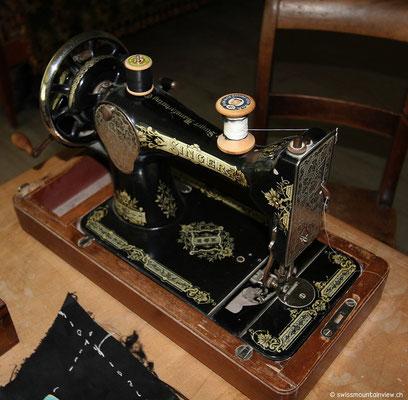 Eine schöne, alte Nähmaschine