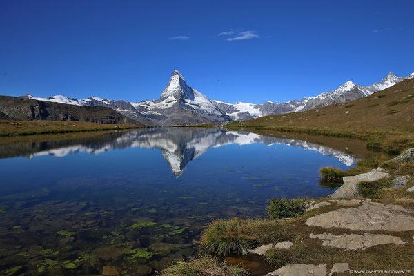In den Morgenstunden ist der Blick aufs Matterhorn besonders schön (kein Gegenlicht).