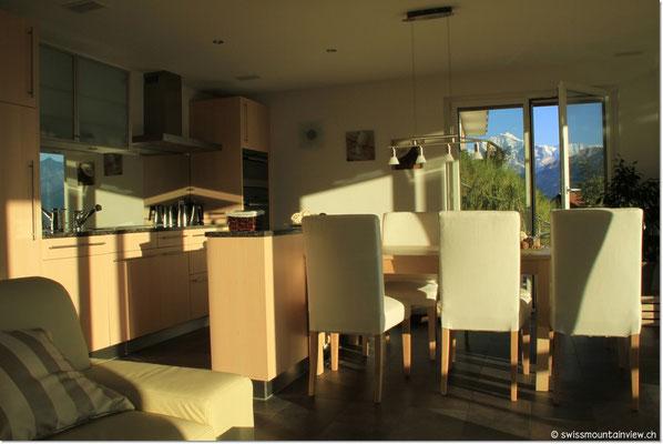 Blick zur Jungfrau 4158 m - das ganze Jahr über schneebedeckt.