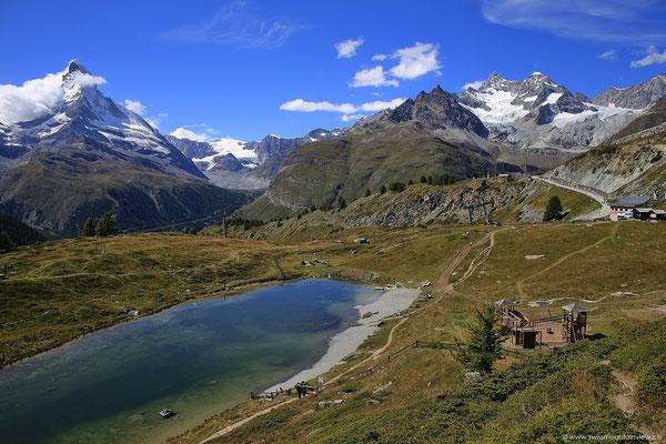 und haben einen tollen Blick Richtung Leisee und Matterhorn.