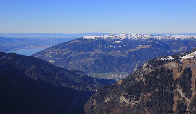 Blick Richtung Schynige Platte und Beatenberg.