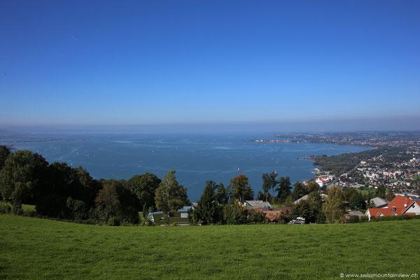 mit wunerbarem Blick über den Bodensee