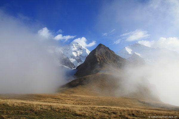 Am späteren Nachmittag zieht der Nebel hoch