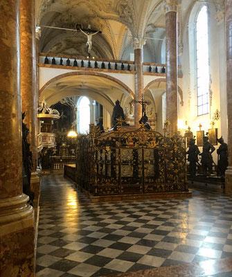 Hofkirche, auch Schwarz-Mander-Kirche genannt