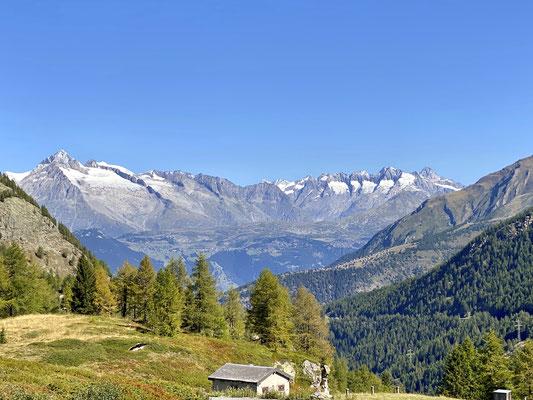 Simplonpass mit Blick auf die Matterhorngruppe