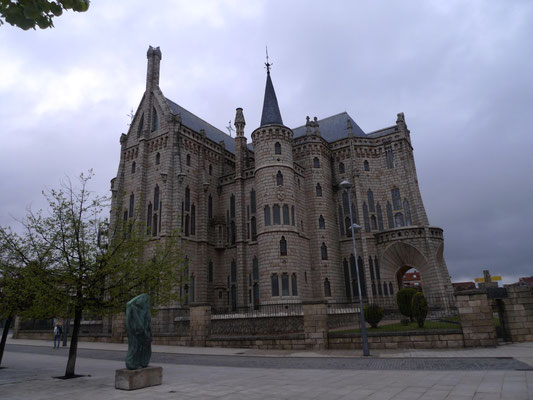 Gaudi Kirche