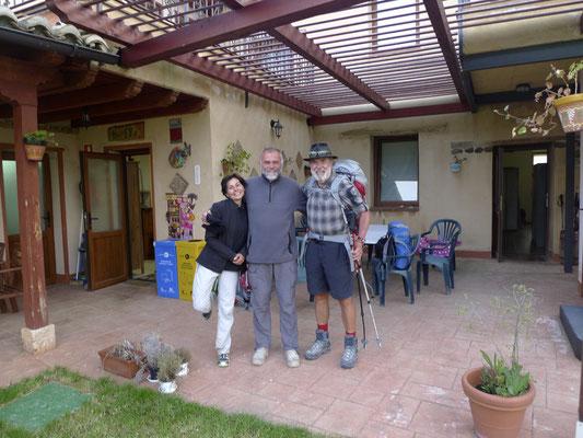 Mit Valeria und dem Hospitalero