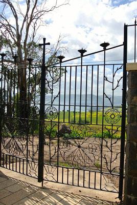 Blick vom Berg der Seligpreisung zum See Genezareth