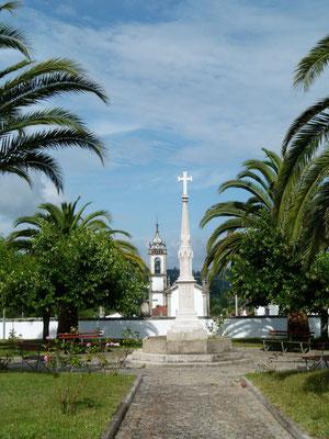 Viele Kirchen hat das Land.