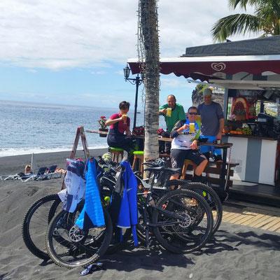 Strandbar in Puerto Naos...