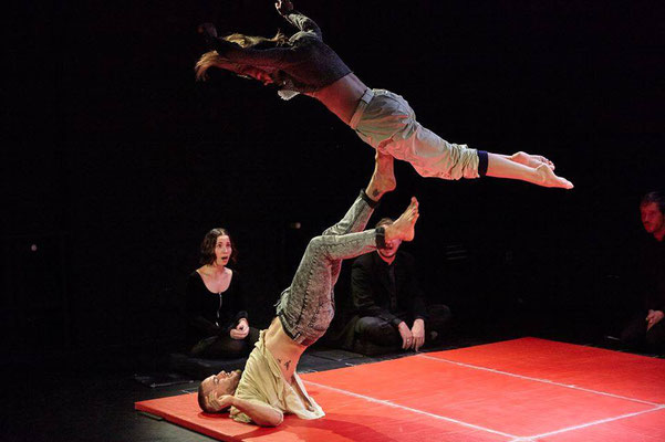© Max Eicke   Amir Shpilman: Tiferet   Maxim Gorki Theater Berlin   AuditivVOKAL Dresden