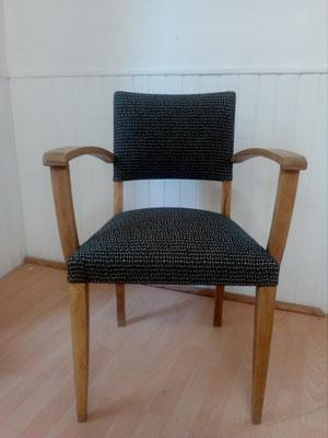 fauteuil bridge  tapissier décorateur Millau Au Petit Crin