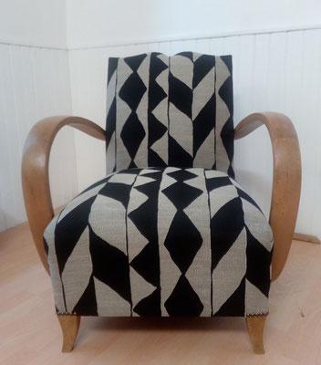 fauteuil année 40 tapissier décorateur Millau Au Petit Crin