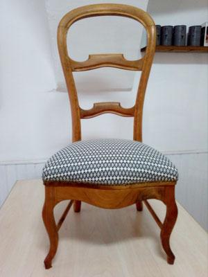 chaise Louis Philippe tapissier décorateur Millau Au Petit Crin,
