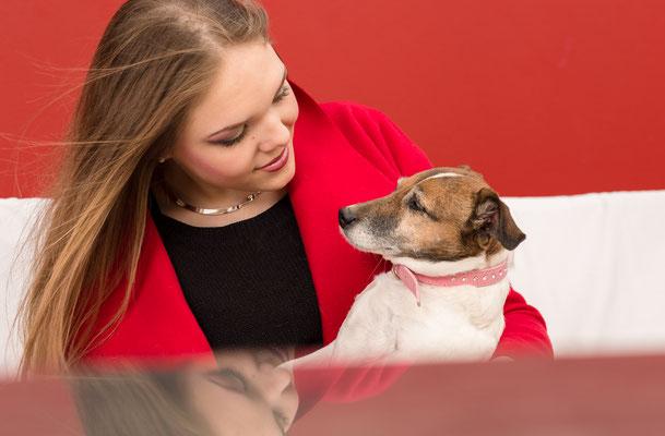 Portraitbild mit Hund von weiblicher Kundin aus Erlangen