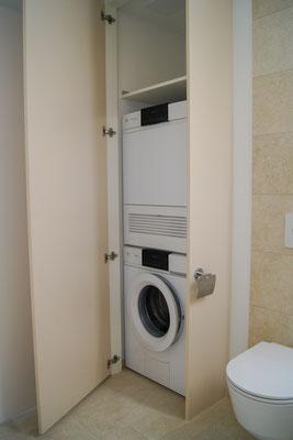 Wäscheschrank beschichtet mit WM / TU