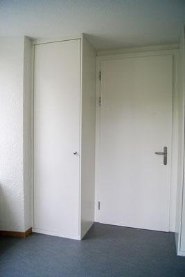 Einbauschrank mit Türfront Ei 30
