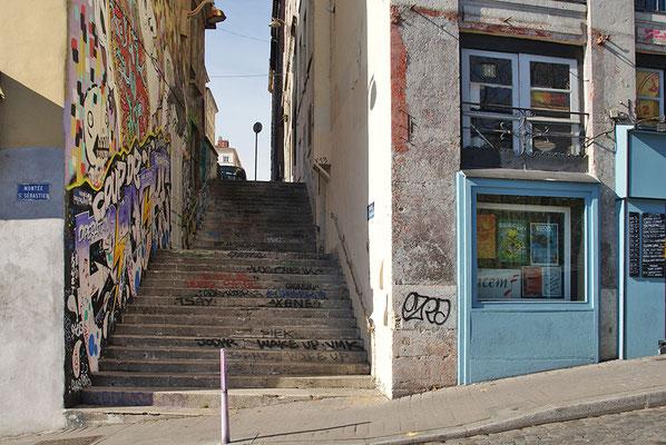 STREET ART CROIX ROUSSE.