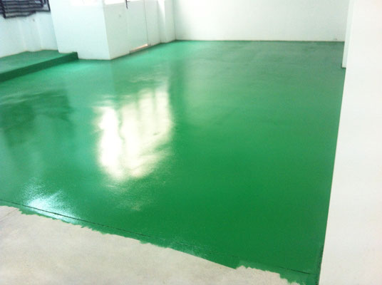 pintar suelo garaje epoxi