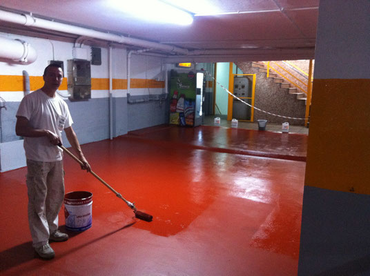 Pinturas epoxi suelos pintura epoxi pintor de valencia for Pintura suelo parking