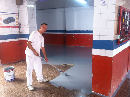 pintor suelo taller