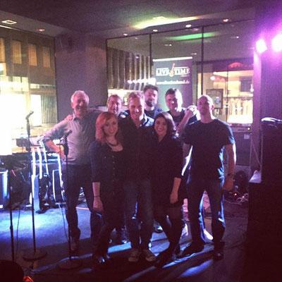 Nina con la sua Band LIVETIME