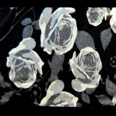 Rosenmuster Corsagenkleid