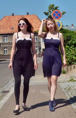 """Party-/Sommerkleid """"Emilie"""" von Vero Moda schwarz, rot oder blau - UVP 19,95 € - bei uns nur 16 € zzgl. 4,50 € Versandkosten"""
