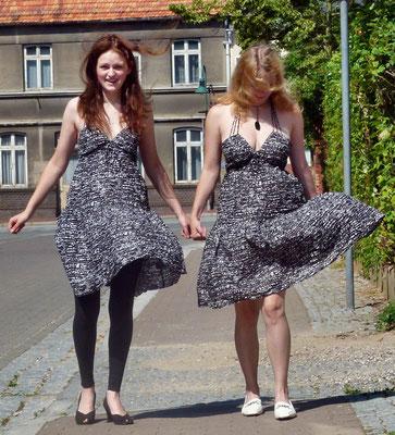 Party-/Sommerkleid in schwarz-weiß von H&M, Gr.XS,S - 13 € zzgl. 4,50 € Versandkosten