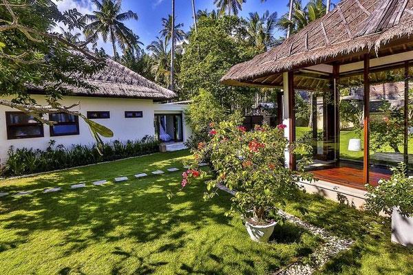 Candidasa villa for sale