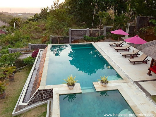 North Bali villa for sale with views over the valley and ocean