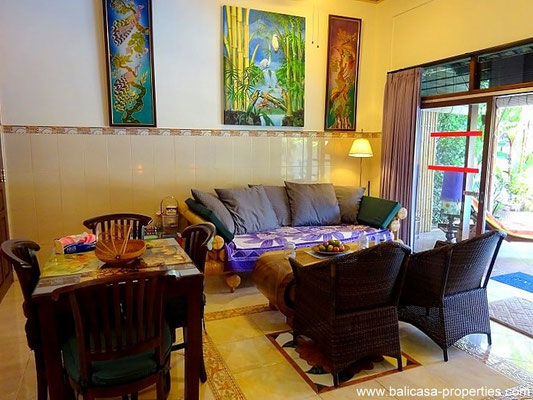Jimbaran house for sale with 4 bedrooms, ideal for renting out
