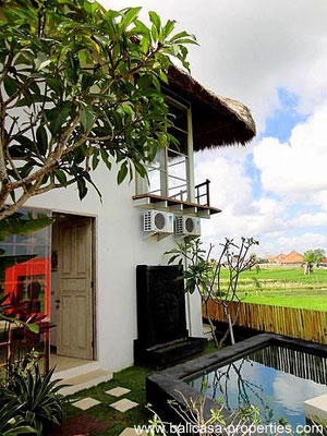 Umalas villa for sale with views over the rice paddies