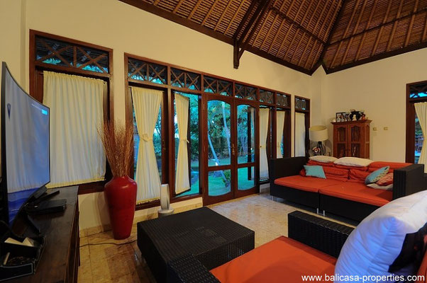 Nusa Dua family home for sale in a private secured estate