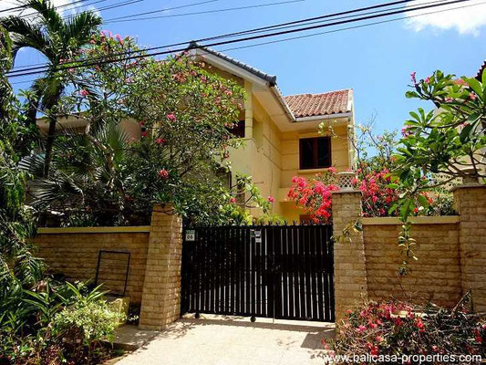 Jimbaran townhouse for sale