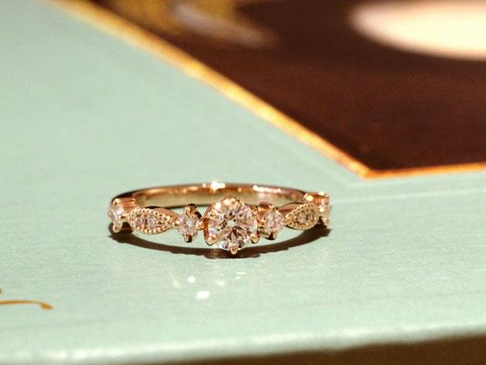 メレダイヤとミルグレインが華麗なエンゲージリング
