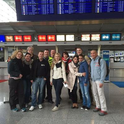 das Team beim Abflug in Frankfurt