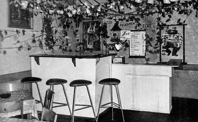 """(0271) Fasching im """"Mittelpunkt"""", Bar, 1970er Jahre"""