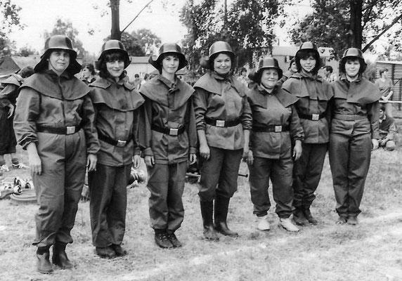 (319) Frauengruppe der Feuerwehr, 1981