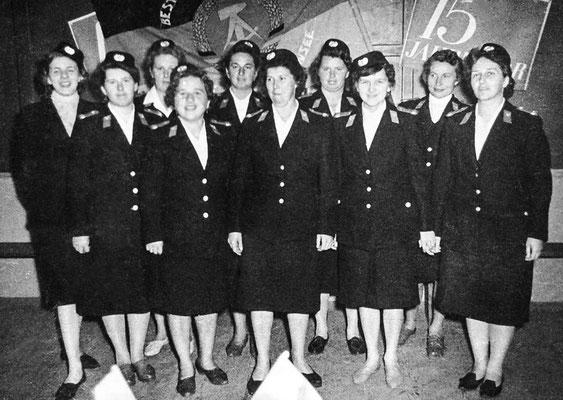 (406) Feuerwehr, Frauengruppe, 1964