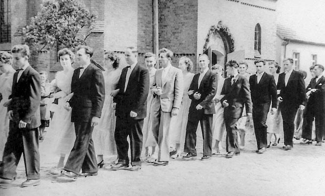 (0026) Hochzeit Artur Liesig und Ehrentraut Seefeld/Liesig, 1956