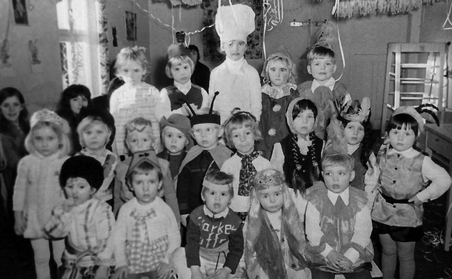(0433) im Kindergarten, 1974