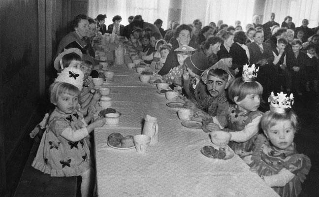 (0490) in der Gaststätte Ney, 1962 (?)