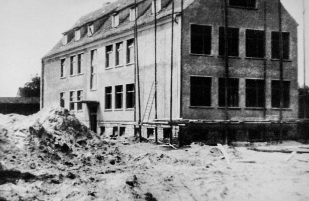 (0159) Bau der Schule